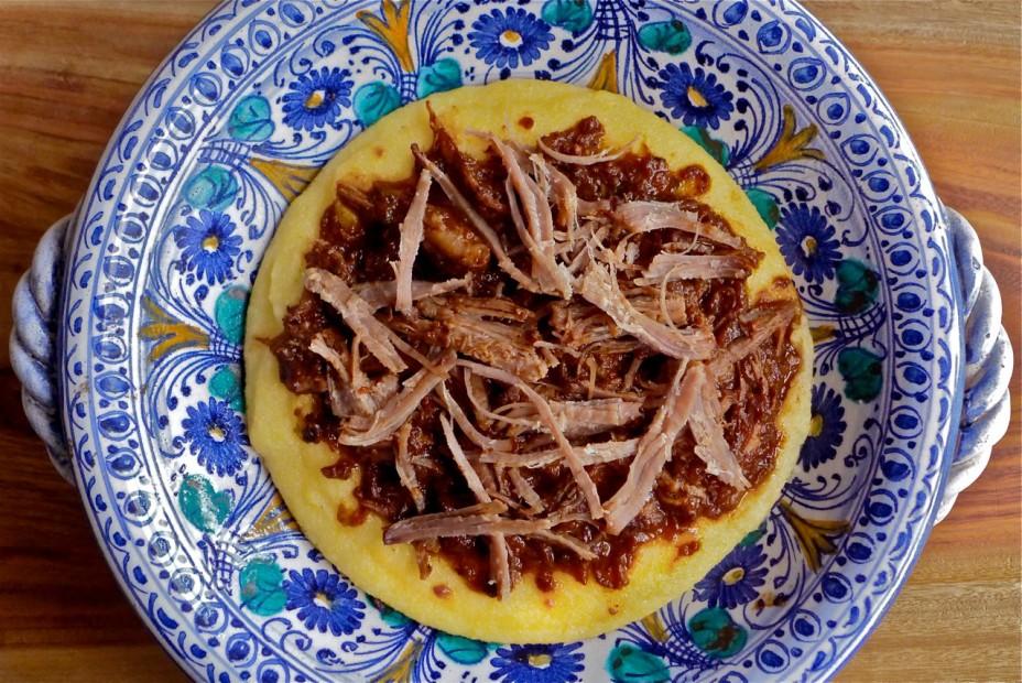 Cinghiale brasato e polenta, Pulled Braised Boar over Polenta in an antique Deruta bowl
