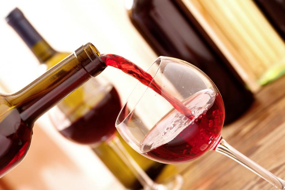 Carefully stored, high quality Nero d'Avola may maintain its quality for up to twenty years after bottling