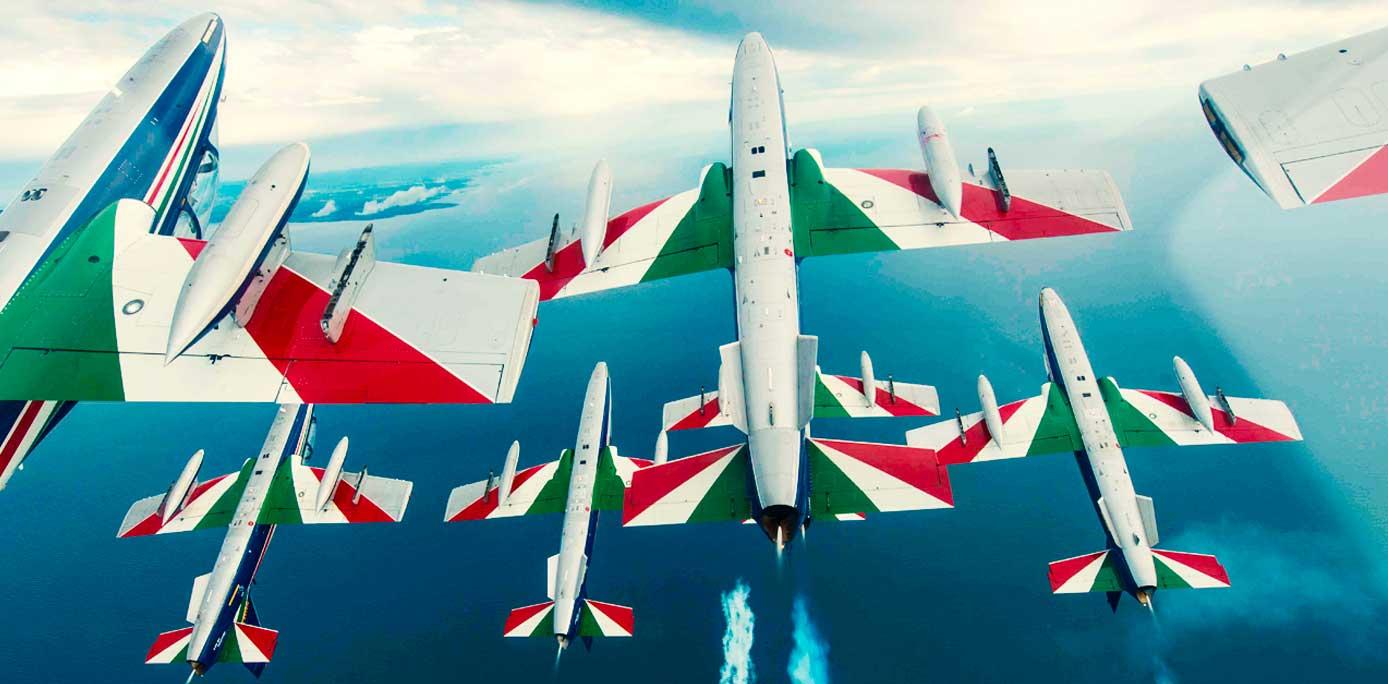 Italy's Frecce Tricolori during a performance @ Aeronautica Militare